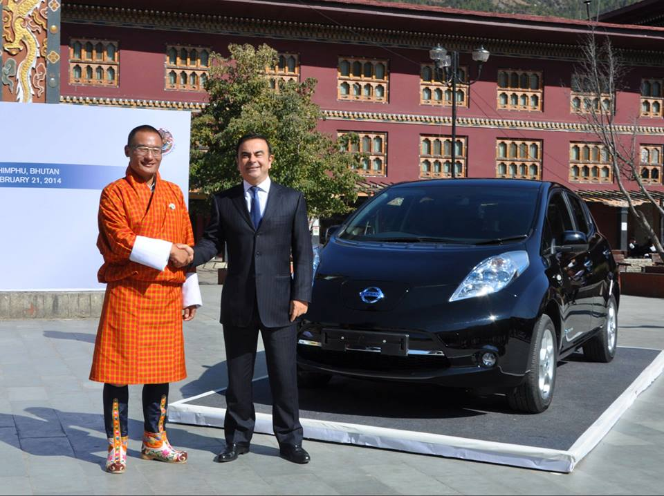 Nissan CEO Mr. Carlos Ghosn presents two Nissan LEAFS to the Kingdom of Bhutan.
